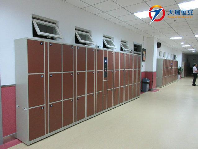 人大附中西山学校刷卡型电子储物柜项目