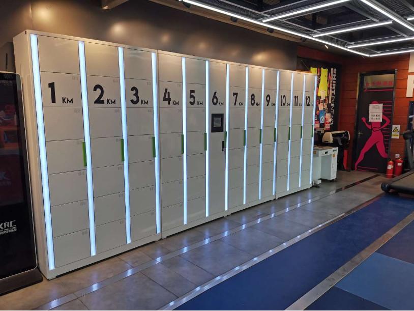 北京奥林匹克公园特步跑步俱乐部采购人脸识别智能储物柜树物联新形象